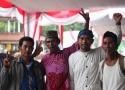 Foto bersama beberapa petani yang menghadiri pembukaan Kongres IV SPI