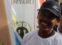 Senyuman kebahagiaan salah seorang petani SPI yang mengikuti Aksi Hari Tani Nasional
