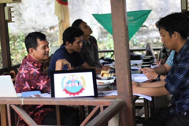 Ketua Umum Serikat Petani Indonesia_Henry Saragih_Konferensi Pers Catatan AKhir Tahun SPI 2017_4