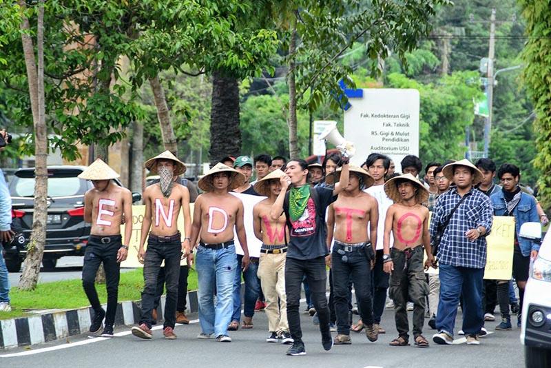 Aksi tolak WTO di Medan oleh SYFM dan pemuda tani SPI Sumatera Utara